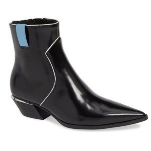 NWOB Calvin Klein Black Pointed Toe Leather Bootie